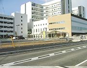 岡山市民病院新築工事の内<br>膜屋根工事